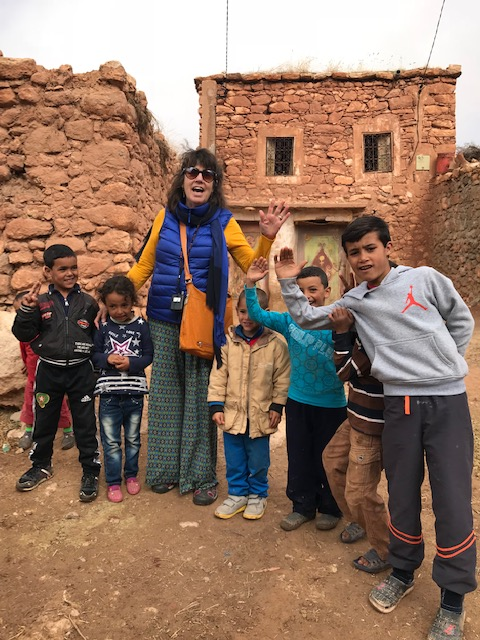 Morocco - 20 - Berber kids and me
